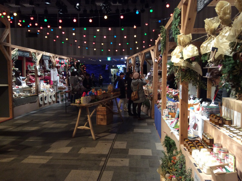OMOTESANDO HILLS CHRISTMAS MARKET – 2015