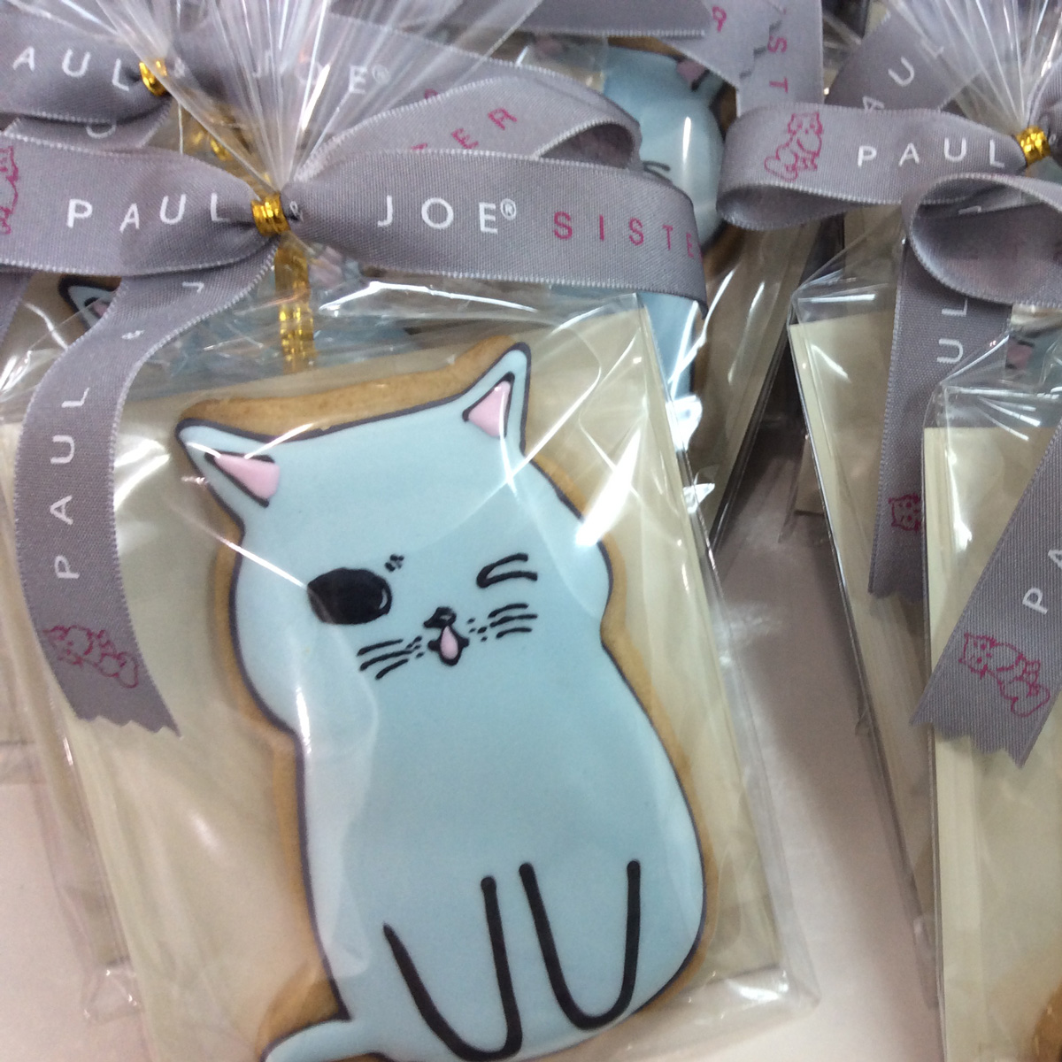 「POUL & JOE SISTER」アイシングクッキー